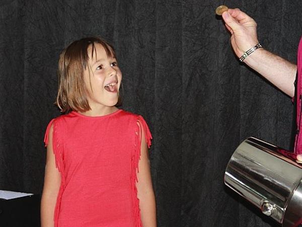 Animation anniversaire enfants magicien anniversaires enfants - Diaporama anniversaire 18 ans ...